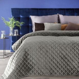 Tmavobéžový zamatový prešívaný prehoz na posteľ