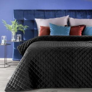 Čierny zamatový prešívaný prehoz na posteľ