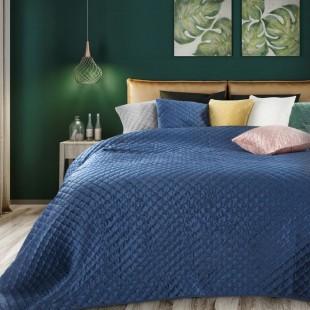 Tmavomodrý zamatový prehoz na posteľ s polkruhmi