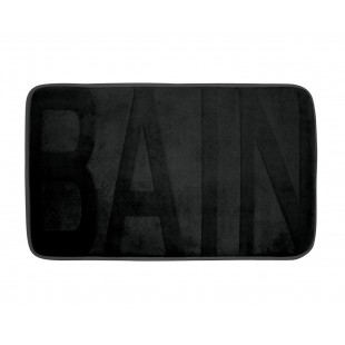 Čierny kúpeľňový koberček s nápisom