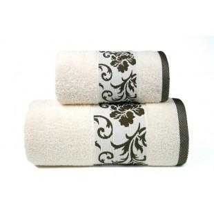 Krémový kúpeľňový ručník s hnedým lemom a rastlinným motívom