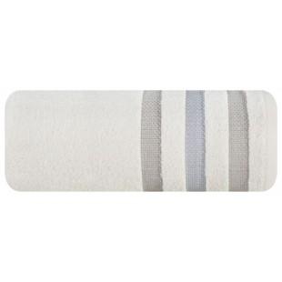 Krémový kúpeľňový ručník s ozdobnými pásmi
