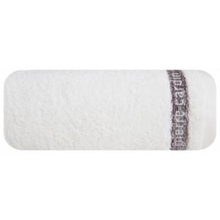 Krémový kúpeľňový ručník s hnedým pásom a nápisom