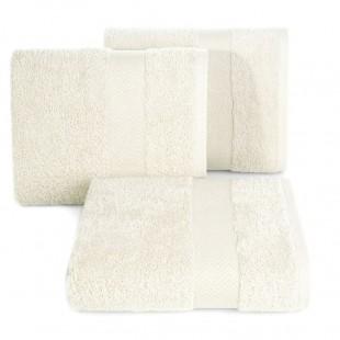 Krémový kúpeľňový ručník s cik-cak ozdobným pásom