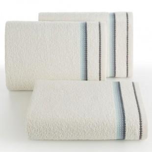 Krémový kúpeľňový ručník s modrým pásikom