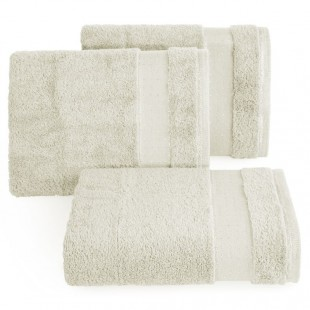 Krémový príjemný jednofarebný kúpeľňový ručník