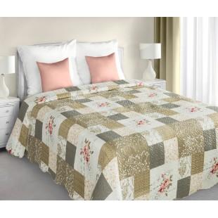 Bielo-béžový vzorovaný prehoz na posteľ s prešívaním