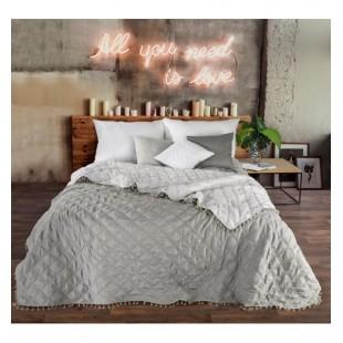 Dekoračný obojstranný prehoz na posteľ s ozdobným lemom v sivých farbách