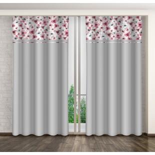 Sivý záves s ružovým kvetovým motívom