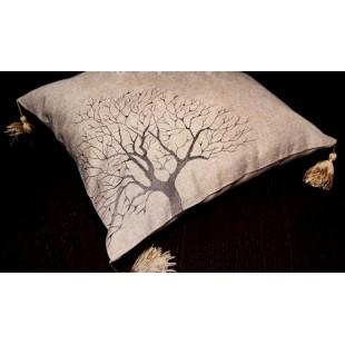 Obliečka na vankúš béžová s motívom stromu a strapčekmi