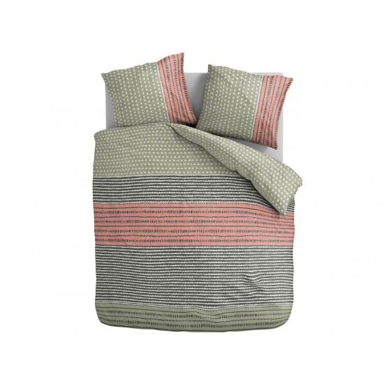 Vzorované farebné posteľné obliečky do spálne