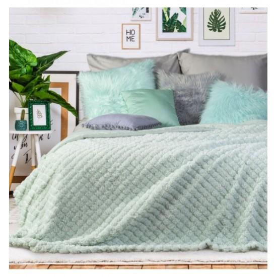 Mentolový prešívaný kožušinkový prehoz na posteľ jednostranný