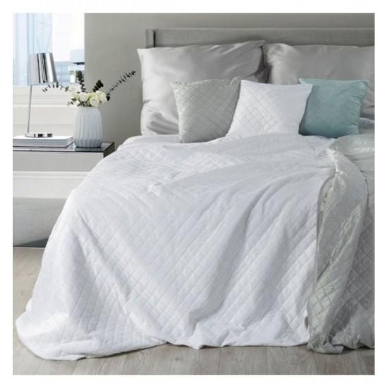 Ozdobná biela prešívaná prikrývka na posteľ z mäkkého plyšu