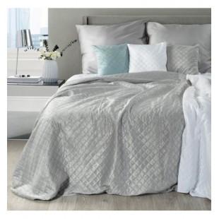 Ozdobná sivá prikrývka na posteľ z mäkkého plyšu s prešívaním