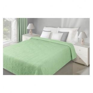 Zelený plyšový prehoz na posteľ s motívom prešívaných kvetov