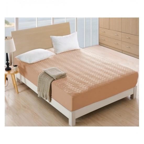 Béžový prešívaný napínací chránič na matrac