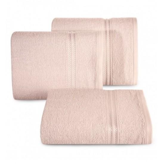 Svetloružový uterák s ozdobným dvojpruhom