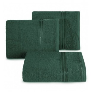 Tmavozelený bavlnený uterák s ozdobným pruhom