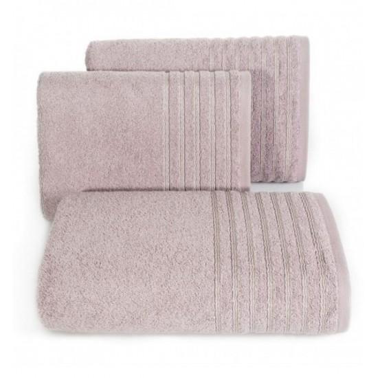 Bavlnený ružový uterák s ozdobnými pruhmi