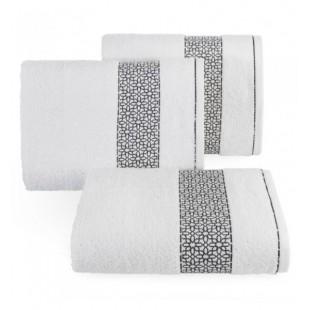 Biely elegantný bavlnený uterák s pruhom čiernych vzorov