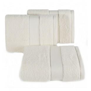 Svetlo béžový kvalitný bavlnený uterák do kúpeľne