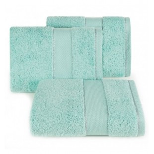 Tyrkysový kvalitný bavlnený uterák do kúpeľne s ozdobnou niťou