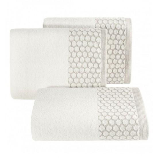 Krémový bavlnený uterák s ozdobenou časťou