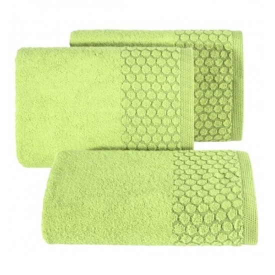 Zelený uterák z bavlny s kruhovým vzorom