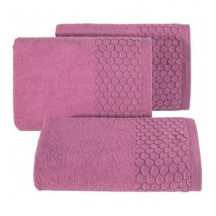 Ružový jednofarebný uterák z bavlny s kruhovým vzorom