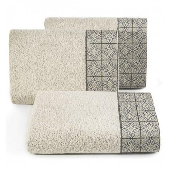 Béžový bavlnený uterák s portugalským vzorom kachličiek