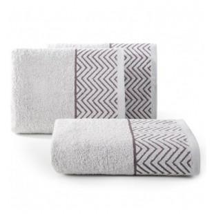 Strieborný bavlnený uterák s cik-cak vzorom