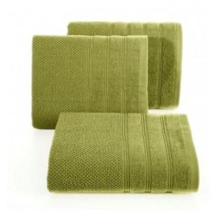 Zelený jednofarebný bavlnený uterák do kúpeľne