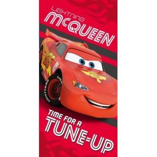 Červená detská osuška pre chlapcov s motívom McQueen