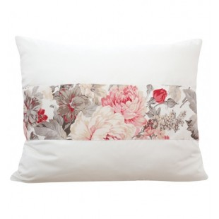 Krémová elegantná obliečka na vankúš s motívom kvetov