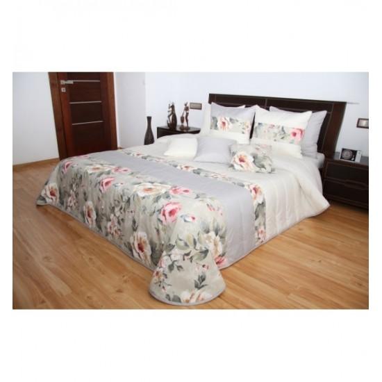 Krémovo sivý prešívaný elegantný prehoz na posteľ s kvetinovým motívom