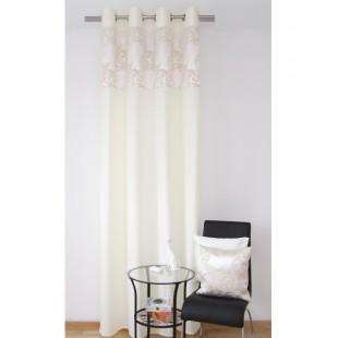 Elegantný krémový záves na okno s béžovým vzorom