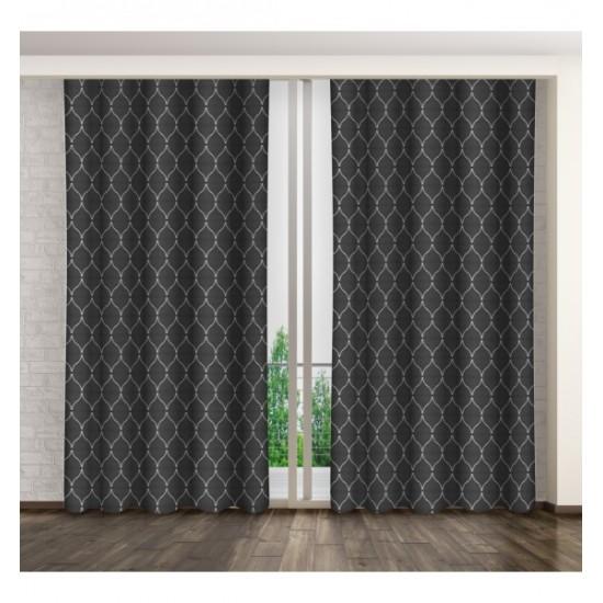 Lesklý tmavosivý záves na okno s bielym elegantným vzorom