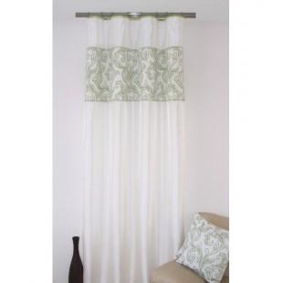 Krémový lesklý záves na okno so zeleným vzorom