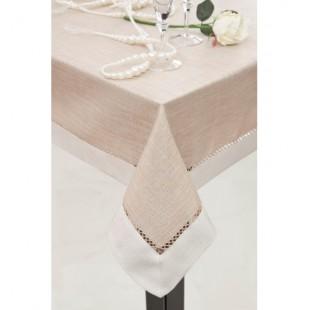 Krémovo béžový obrus na jedálenský stôl