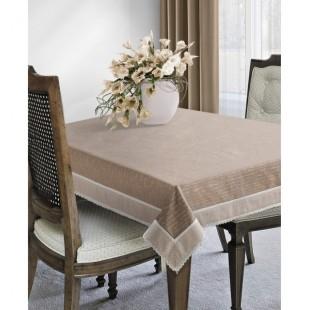 Hnedý ozdobný obrus na stôl vo vintage štýle