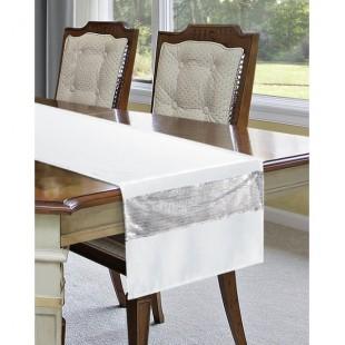 Biely elegantný behúň na stôl so striebornou aplikáciou flitrov