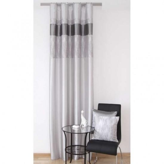 Elegantný sivý jednodielny záves na okno so zavesením  na háčiky