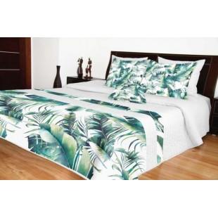 Biely prešívaný prehoz na posteľ s tyrkysovým rastlinným motívom