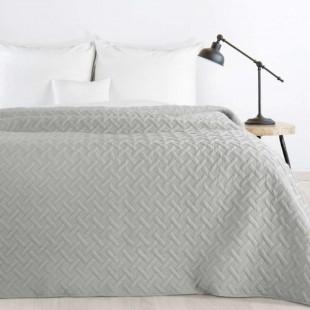 Sivý prehoz na posteľ s prešívaním