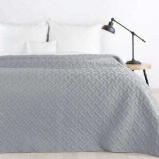 Tmavosivý prehoz na posteľ s prešívaním