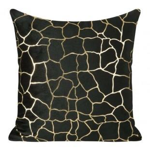 Čierna zamatová obliečka na vankúš so vzorom zlatého kamenia