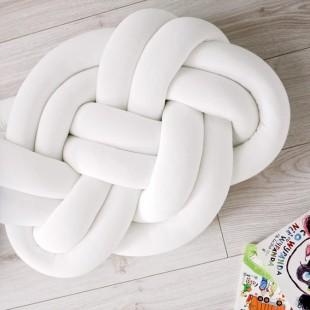 Biely bavlnený vankúšik na sedenie