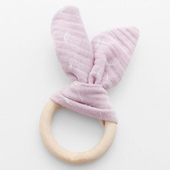 Ružové eko drevené detské hryzátko so vzorom púpavy