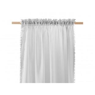 Svetlosivá záclona na štipčeky s guličkovým lemom