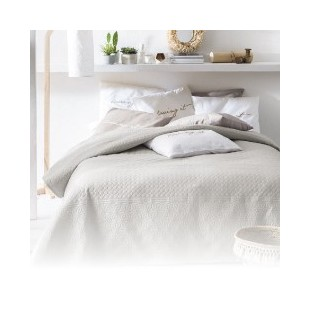 Obojstranné prehozy na posteľ